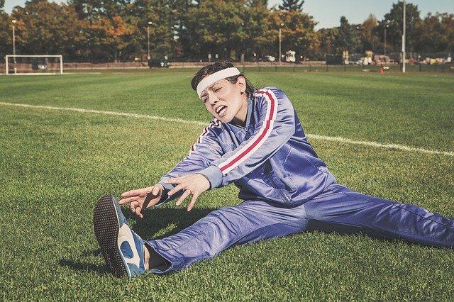 筋肉痛の時にストレッチをすると伸ばしにくい
